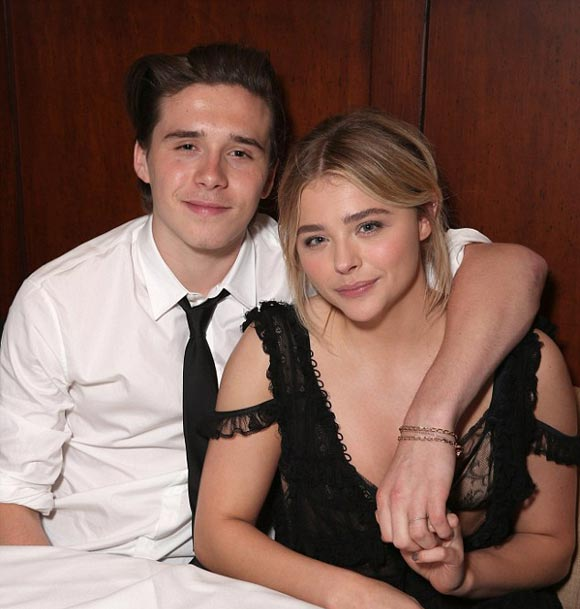 Brooklyn-Beckham -Chloe-Moretz-red-carpet-may-2016-07