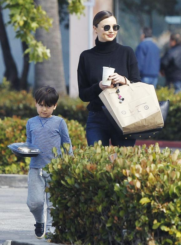 Miranda-Kerr-Son-Flynn-may-2016-04