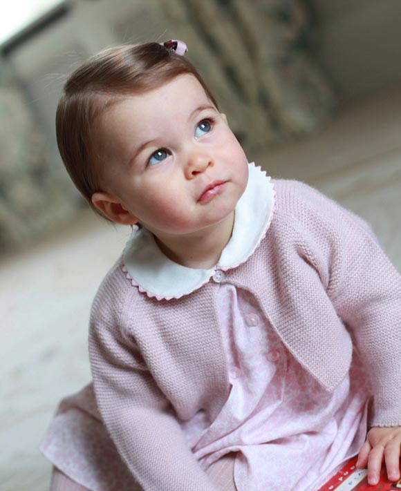 Princess-Charlotte-first-birthday-2016-02