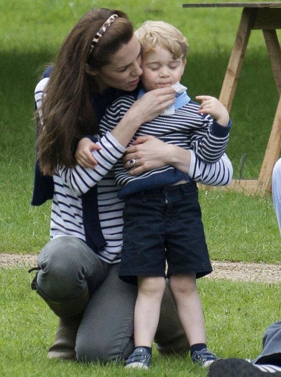 Kate-Middleton-prince-George-may-2016-02
