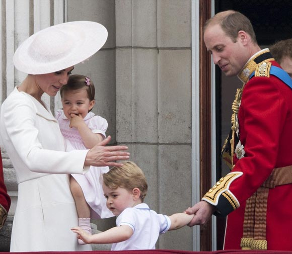 Prince-George-Princess-Charlotte-11-jun-2016-03