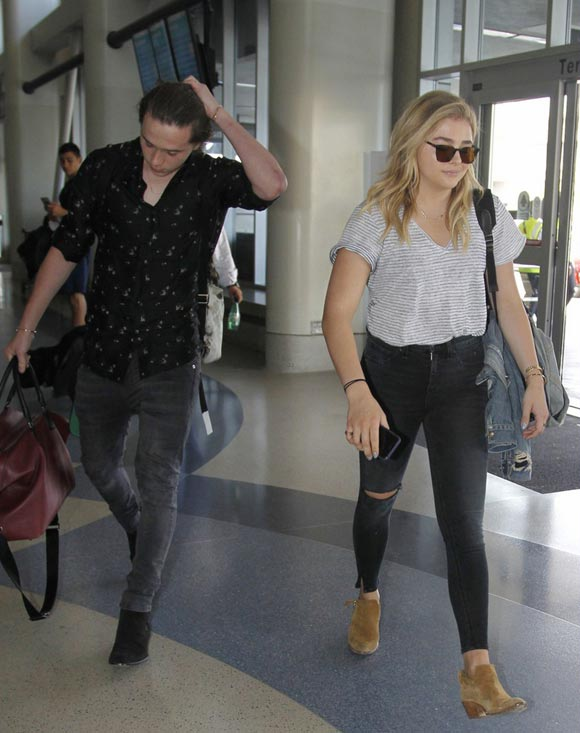 chloe-moretz-brooklyn-beckham-LAX-jun-2016-03