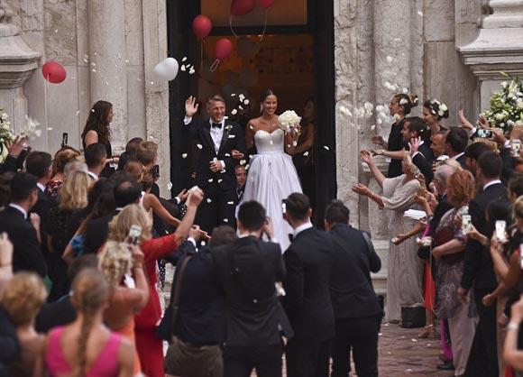 Bastian-Schweinsteiger-Marries-Ana-Ivanovic-21-july-2016-03