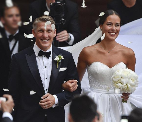 Bastian-Schweinsteiger-Marries-Ana-Ivanovic-21-july-2016-06