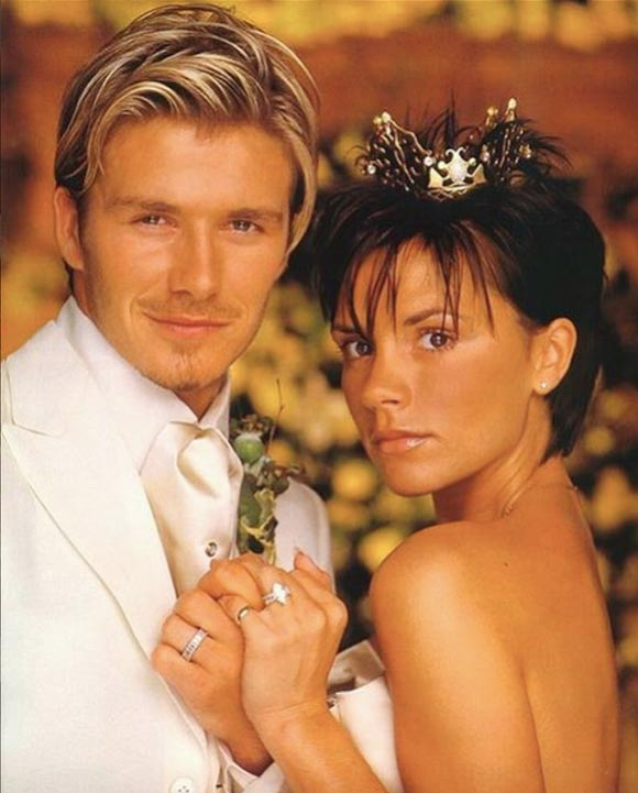 Beckham-17th-wedding-anniversary-01