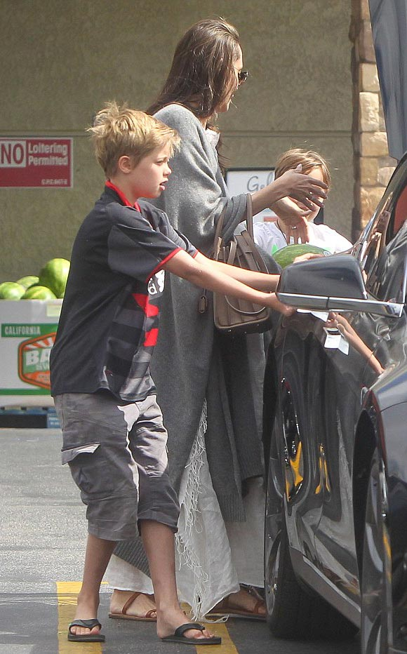 Shiloh-Jolie-pitt-july-2016-04