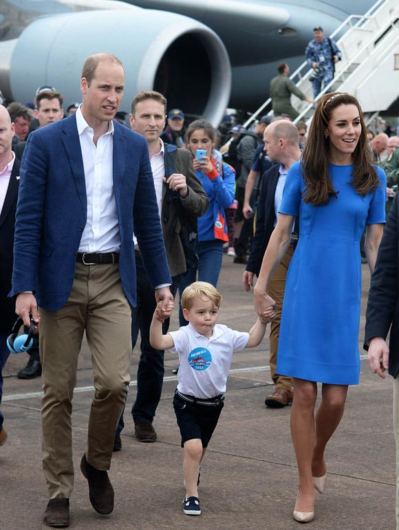 William-Kate-Gorgeous-Prince-july-2016-03