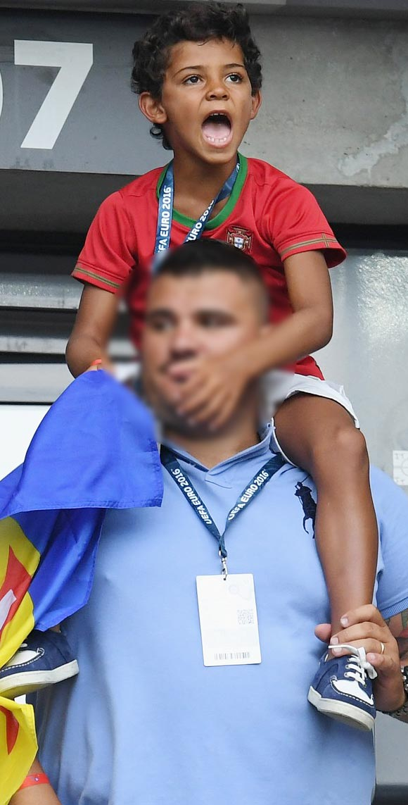 ronaldo-jr-cheers-on-dad-at-euro-2016-final-game-2016-05