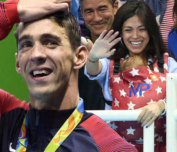 Michael-Phelps-fiance-Nicole-Johnson-son-Boomer-rio2016