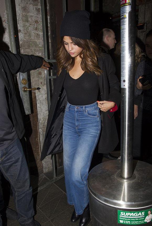 Selena-Gomez-sydney-aug-2016-02