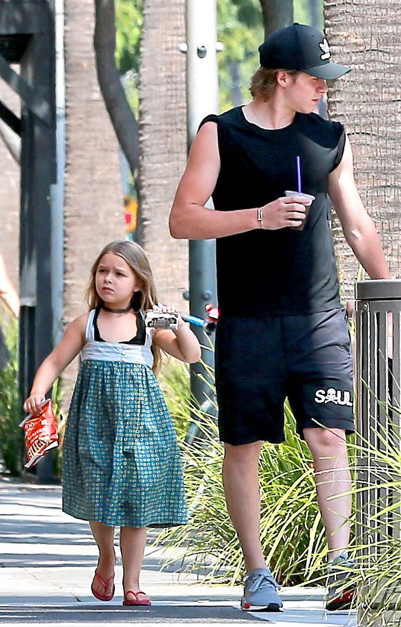 brooklyn-harper- beckham-aug-2016-01