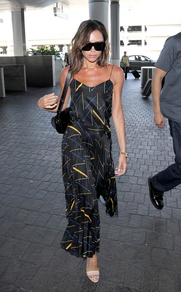 victoria-beckham-lax-31-july-2016-02