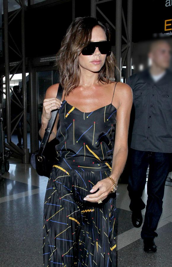 victoria-beckham-lax-31-july-2016-04