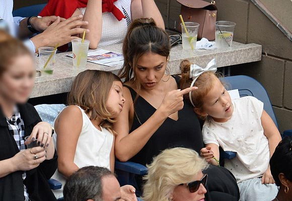 jessica-alba-daughters-honor-haven-usopen-2016-02