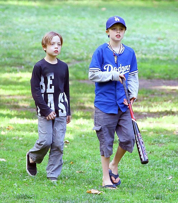 jolie-pitt-children-sep-2016-01