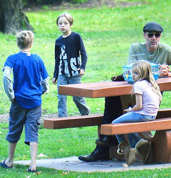 jolie-pitt-children-sep-2016-02