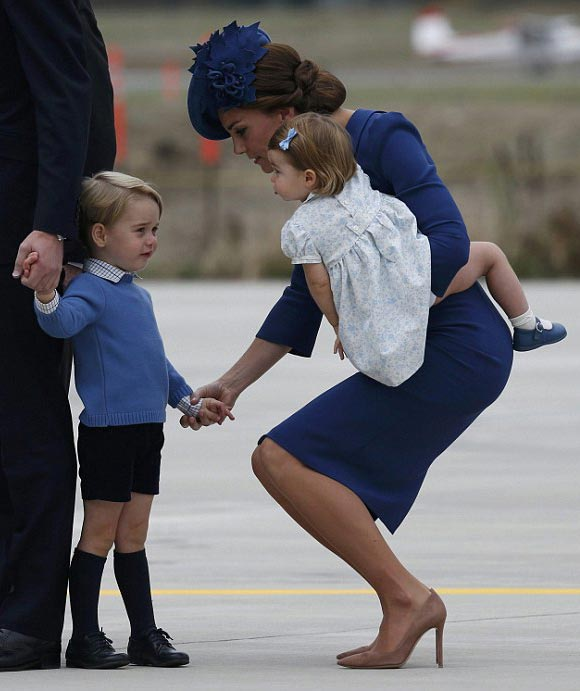 prince-george-princess-charlotte-canada-sep-2016-04