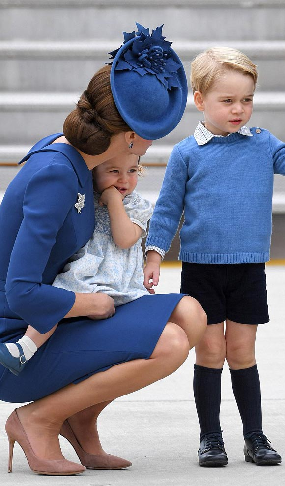 prince-george-princess-charlotte-canada-sep-2016-05