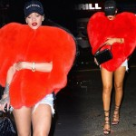 リアーナ、ドレイクとの熱愛を暗示?真っ赤な巨大ハート型のファーケープ!