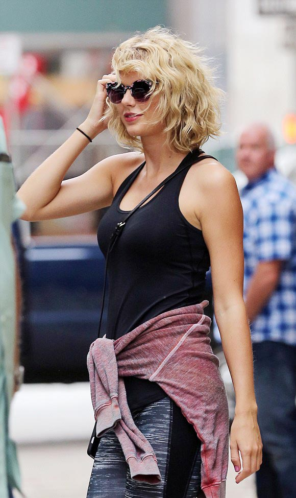 Taylor-Swift-Tom Hiddleston- SPLIT-2016-05