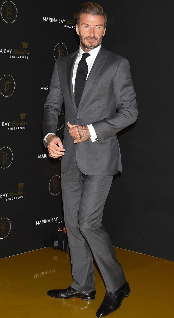 david-beckham-suit-29-sep-japan-01