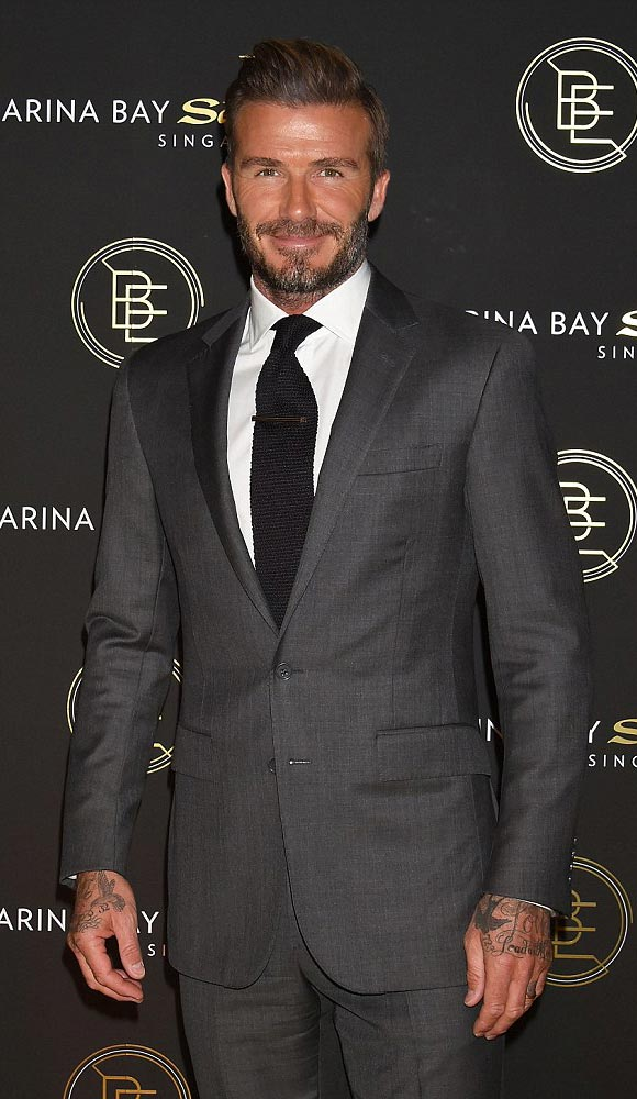 david-beckham-suit-29-sep-japan-02