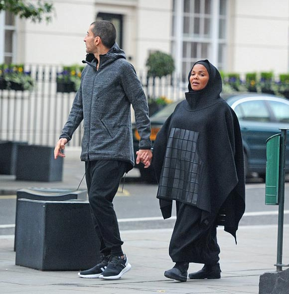 pregnant-janet-jackson-husband-oct-2016-02
