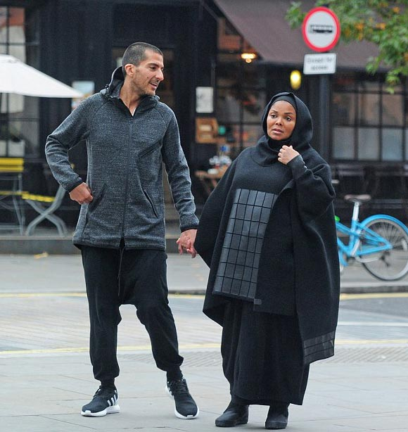 pregnant-janet-jackson-husband-oct-2016-08