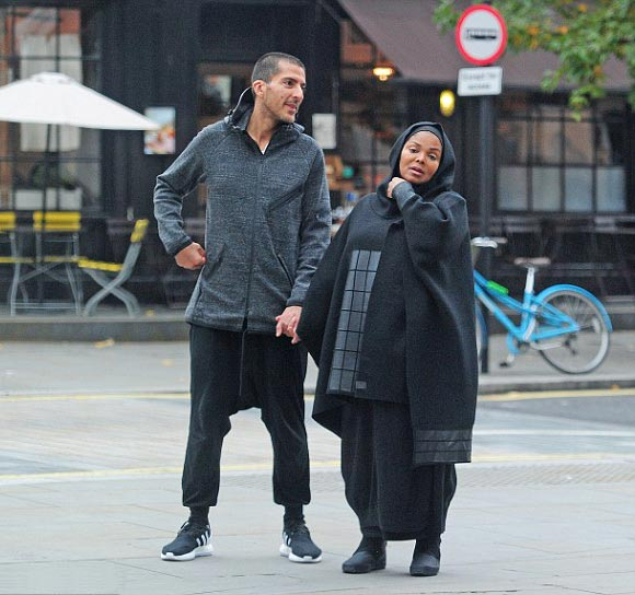 pregnant-janet-jackson-husband-oct-2016-09
