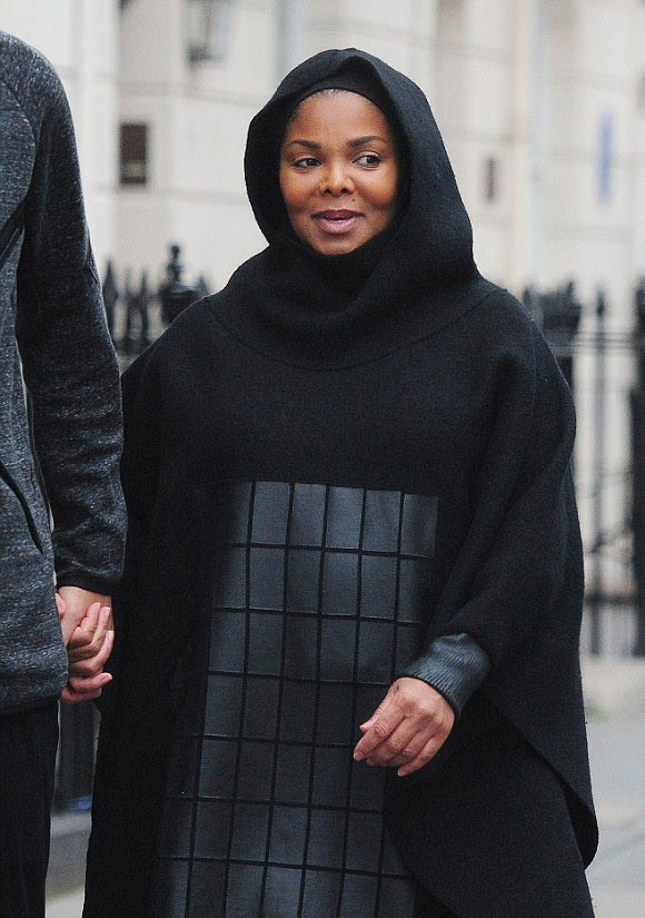 pregnant-janet-jackson-husband-oct-2016-10