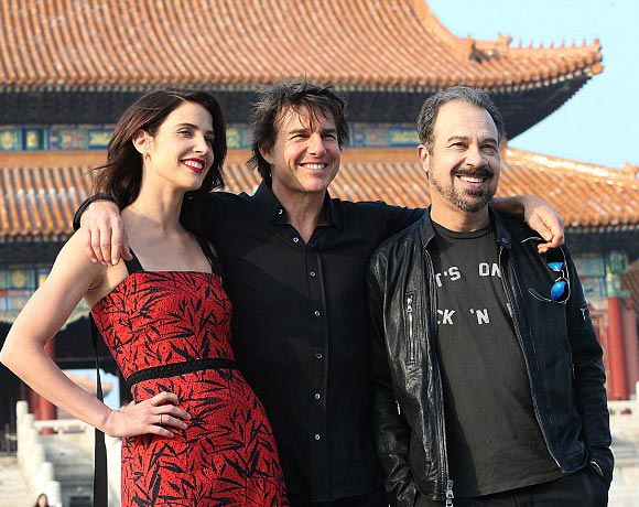 tom-cruise-cobie-smulders-china-oct-2016-01