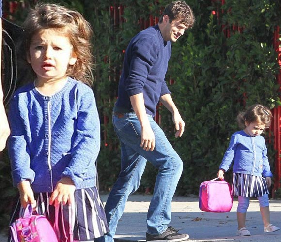ashton-kutcher-daughter-wyatt-nov-2016