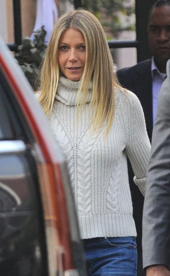 gwyneth-paltrow-brad-falchuk-dec-2016-05
