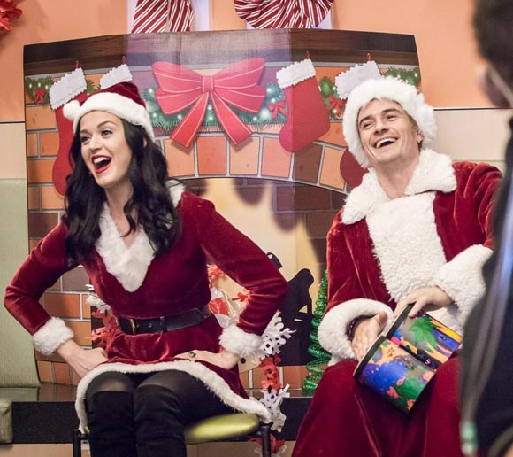 katy-perry-orlando-bloom-santa-costume-dec-2016-02