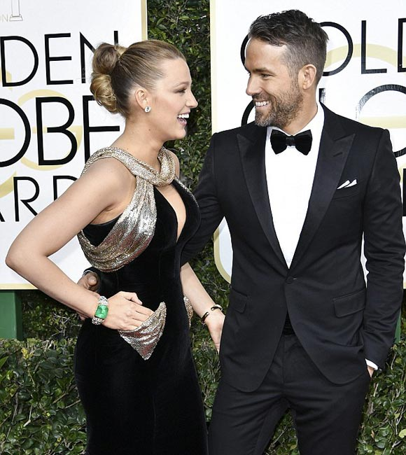 ryan-reynolds-blake-lively-golden-globes-2017-04