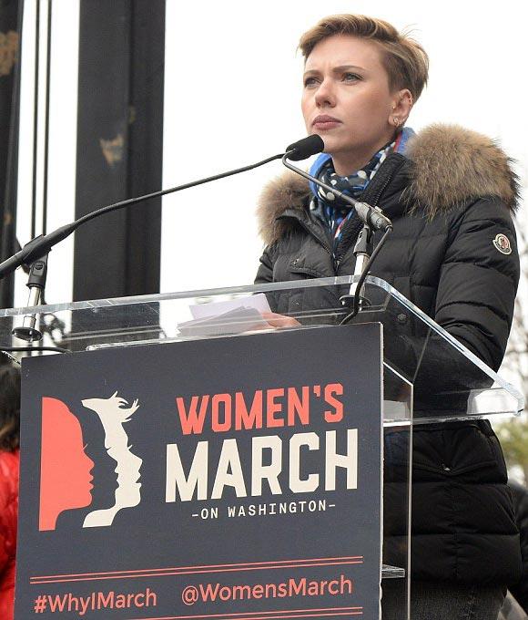 Scarlett- Johansson-Womens-Marches-2017