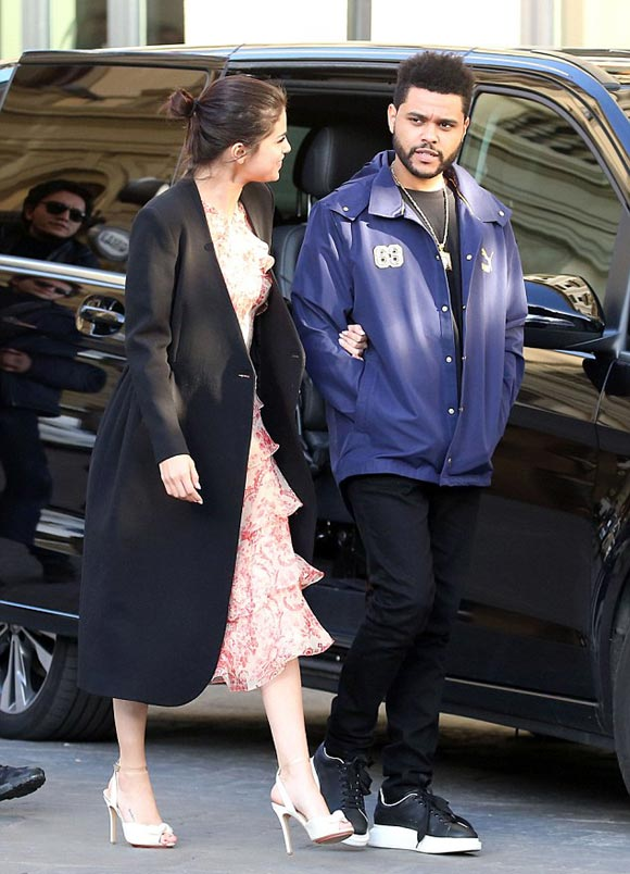 Selena-Gomez-The-Weeknd-italy-jan-2017-05