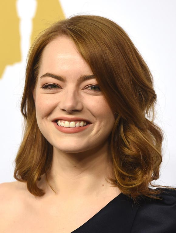 Emma-Stone-medium-hair-2017