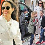 満面の笑み!アンジェリーナ・ジョリー、娘シャイロちゃん&双子ちゃんとお出かけ
