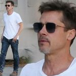 激やせのブラッド・ピット、『白Tシャツ×デニム』のカジュアルスタイルでお出かけ