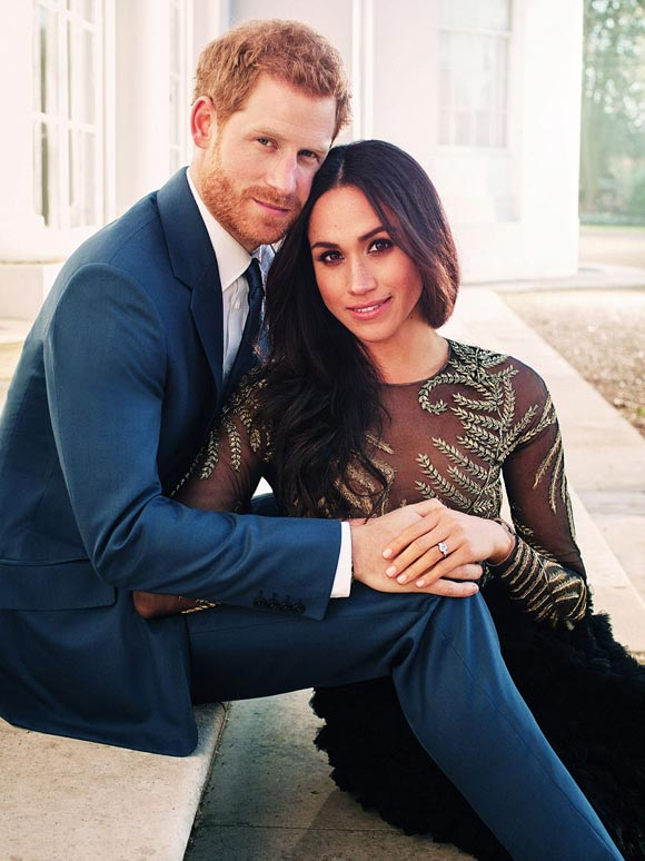 Prince-Harry-Meghan-Markle-photograph-dec-2017-01