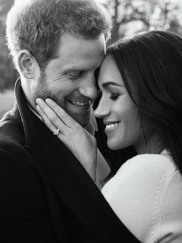 Prince-Harry-Meghan-Markle-photograph-dec-2017-03