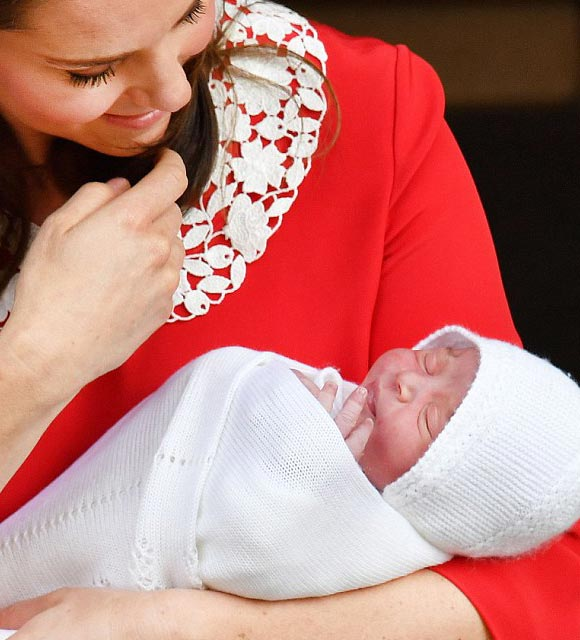 kate-prince-william-debut-royal-baby-first-photos-2018-03
