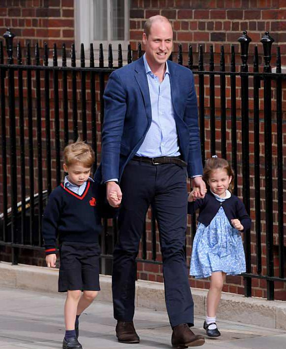 prince-george-princess-charlotte-new-baby-brother-photos-2018-02