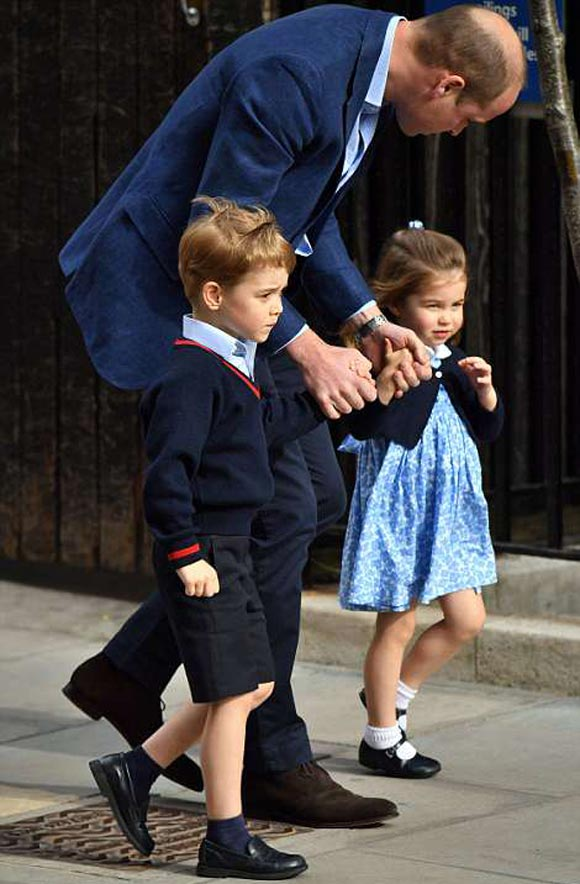 prince-george-princess-charlotte-new-baby-brother-photos-2018-03