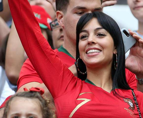 Cristiano-Ronaldo-girlfriend-Georgina-Rodriguez-worldcup-2018-03
