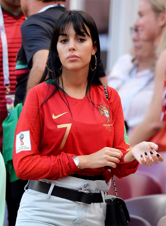 Cristiano-Ronaldo-girlfriend-Georgina-Rodriguez-worldcup-2018-07
