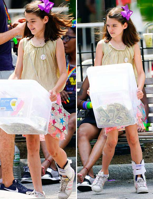suri-cruise-gay-pride-parade-2018-02