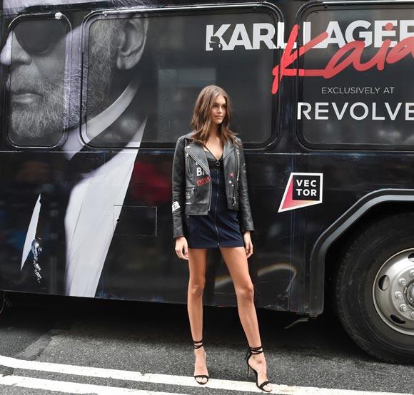 kaia-gerber-Karl-Lagerfeld-launch-sep-2018-03