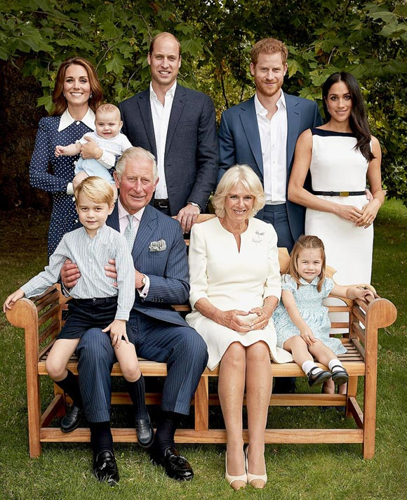 Prince-Charles-70th-birthday-family-photo-2018-01
